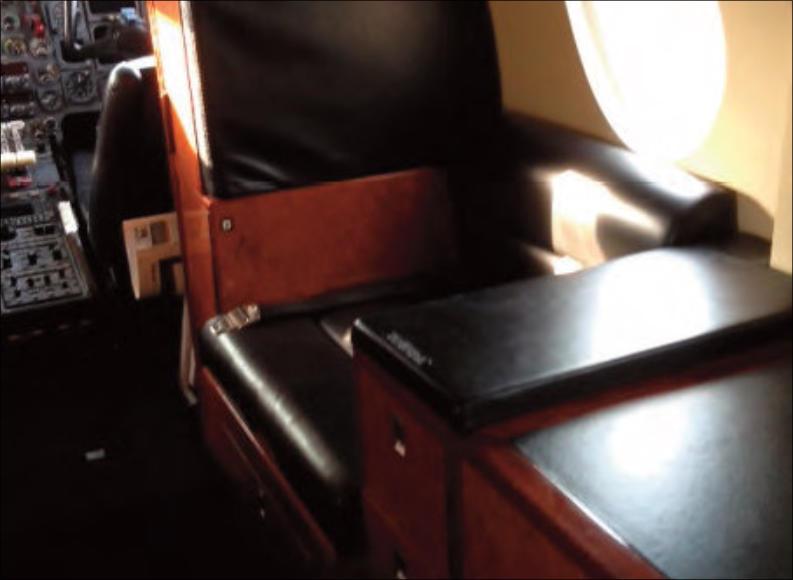 1988 DASSAULT FALCON 100 – Price: USD $650,000 – Airplane