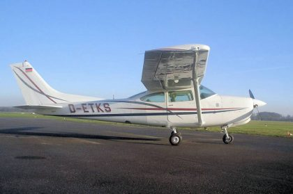 Aircraft-for-sale-Cessna-Turbo-TR182-RG