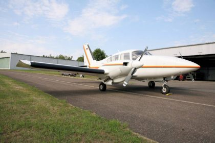 Plane-for-sale-Piper-PA-23-250E-Aztek