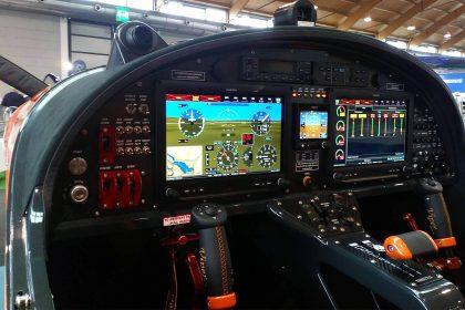 Airplane-for-sale-TomarkAero-Viper-SD4-Attack