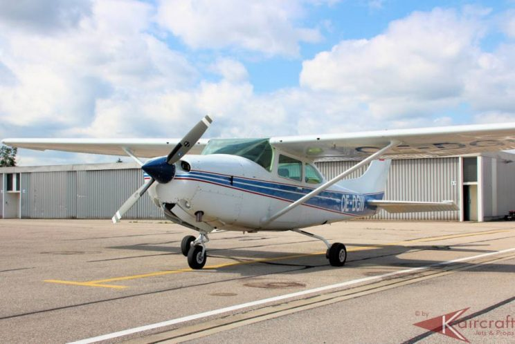 Airplane-for-sale-Cessna-182
